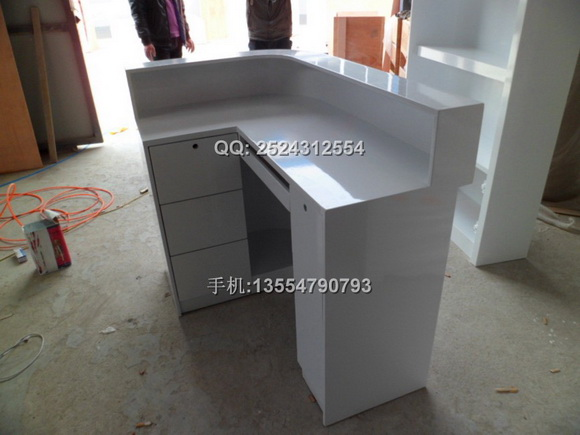 产地:深圳观澜     产品名称: 收银台    颜色及规格:常规尺寸:1200*