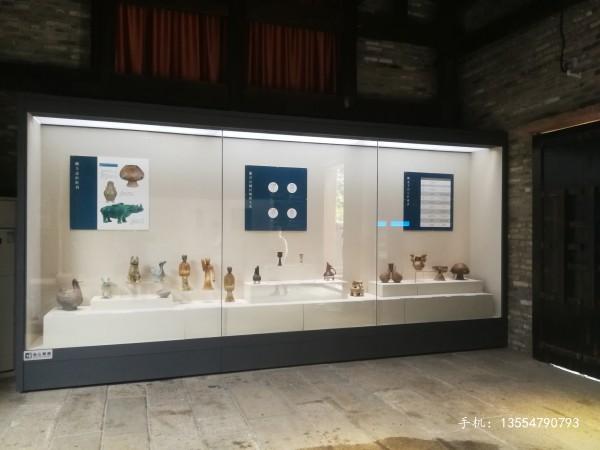 电动平移门延墙展柜-博物馆展柜厂家